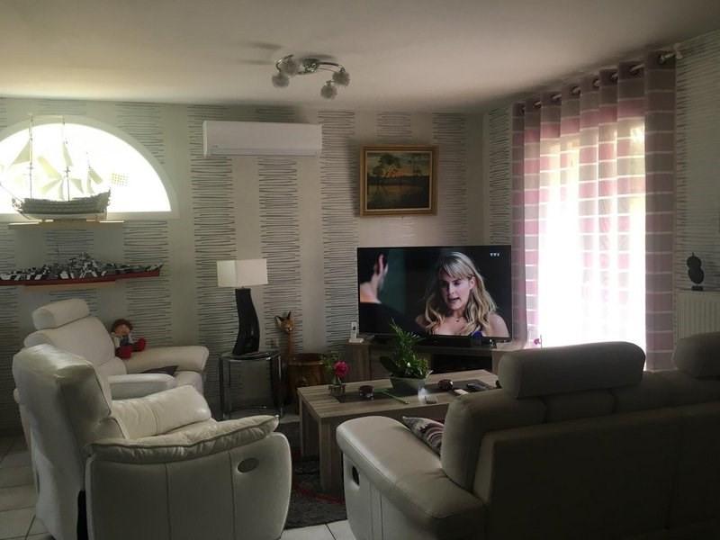 Sale house / villa Chanas 243000€ - Picture 6