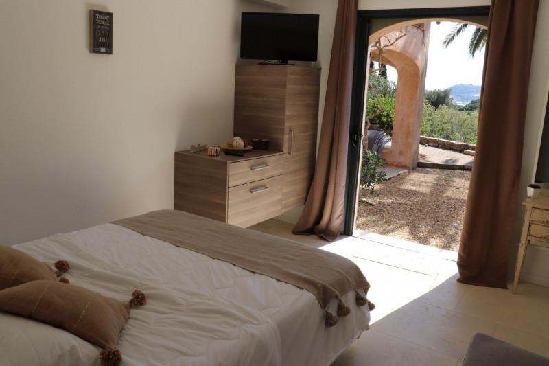 Vente maison / villa Cavalaire sur mer 1480000€ - Photo 6