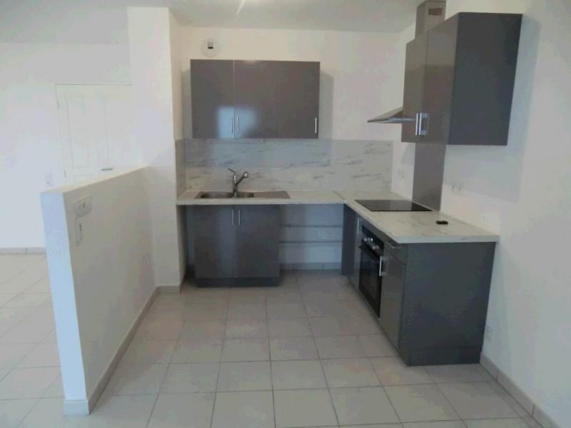 Rental apartment Aix les bains 868€ CC - Picture 3