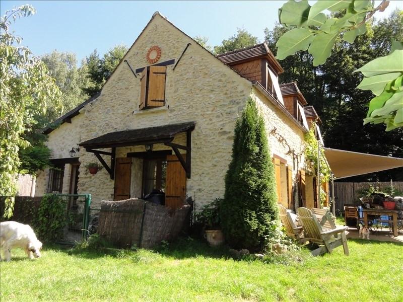 Sale house / villa Montfort l amaury 567000€ - Picture 1
