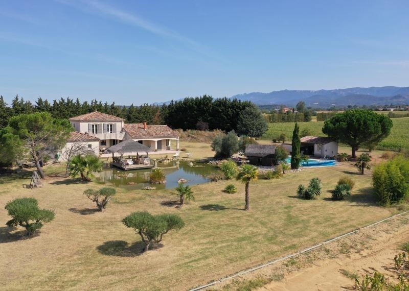 Deluxe sale house / villa Montvendre 625000€ - Picture 1