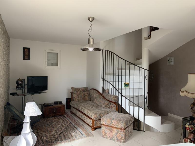 Sale house / villa Eguilles 468000€ - Picture 3