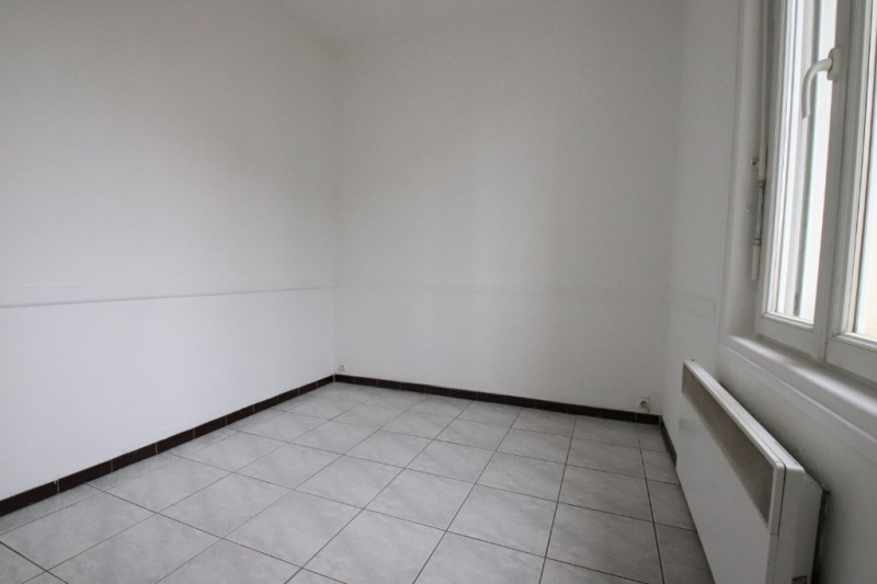 Location maison / villa Royan 560€ CC - Photo 9