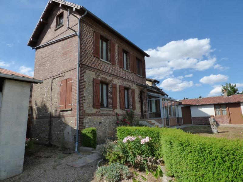 Sale house / villa Les andelys 143000€ - Picture 1