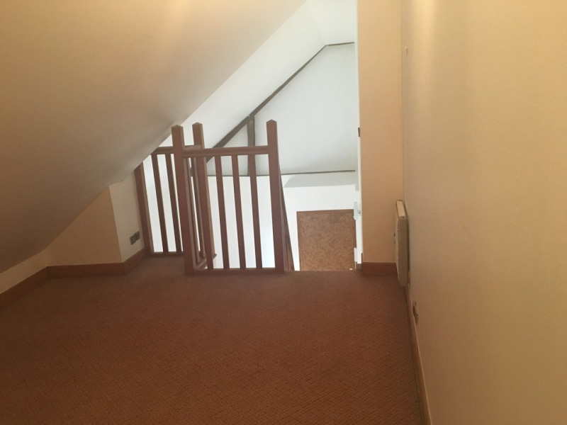 Alquiler  apartamento La ville du bois 578€ CC - Fotografía 4