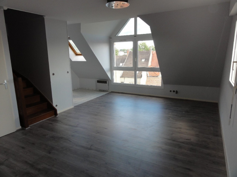 Sale apartment Melun 120000€ - Picture 2