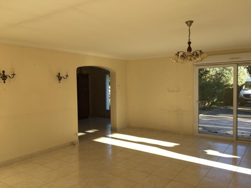 Vente maison / villa Uchaud 389000€ - Photo 4