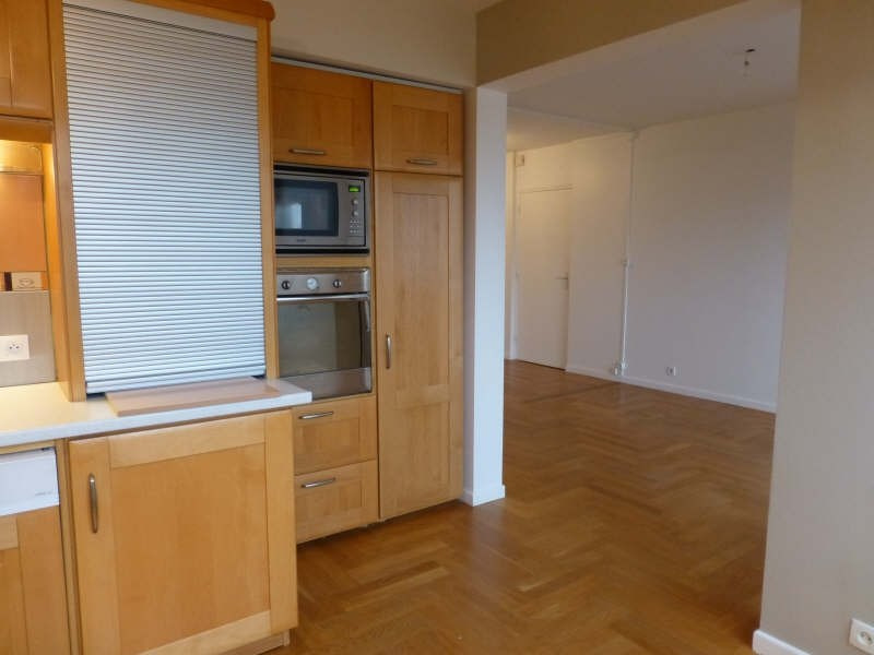 Location appartement Ste foy les lyon 851€ CC - Photo 2