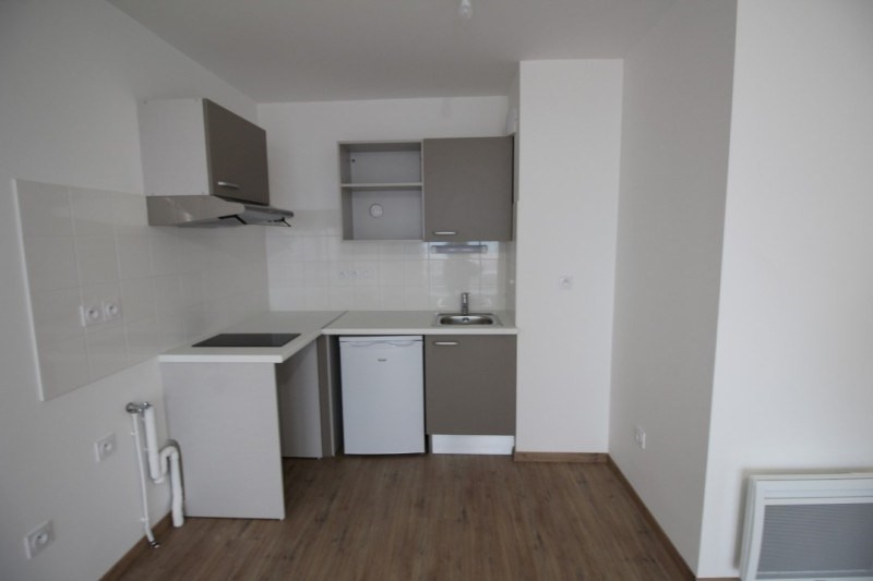 Location appartement Couëron 480€ CC - Photo 3