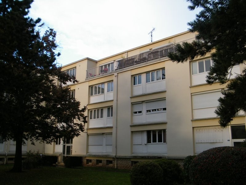 Sale apartment Ifs 70000€ - Picture 1