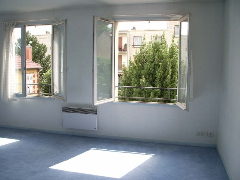 Rental apartment Marly le roi 502€ CC - Picture 2