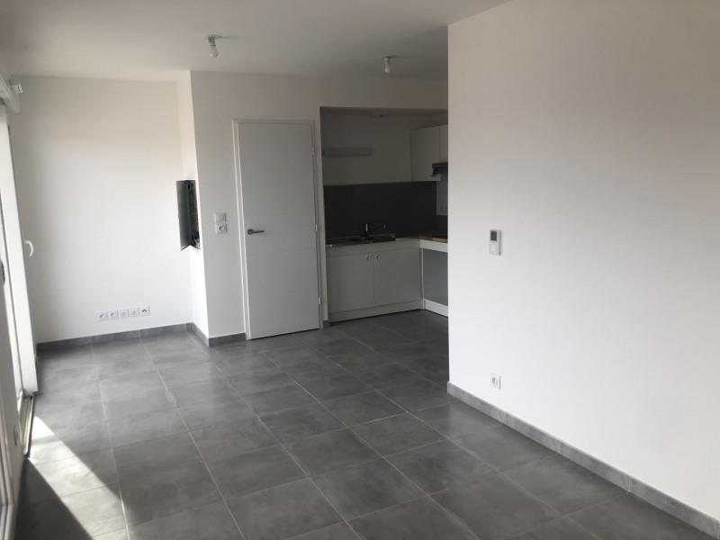 Rental apartment Roquebrune-sur-argens 540€ CC - Picture 2