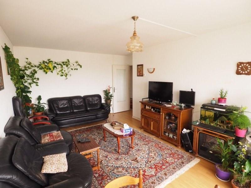 Sale apartment Maurepas 179000€ - Picture 1