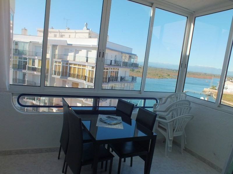 Location vacances appartement Roses santa-margarita 296€ - Photo 11