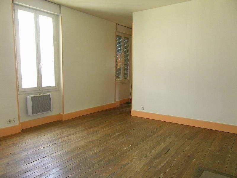 Location appartement Agen 318€ CC - Photo 3