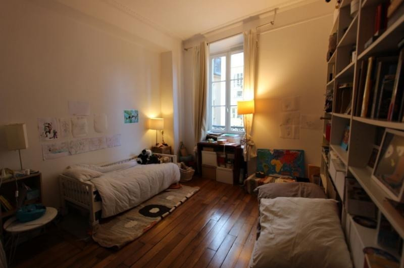 Deluxe sale apartment Paris 3ème 1 079 000€ - Picture 5