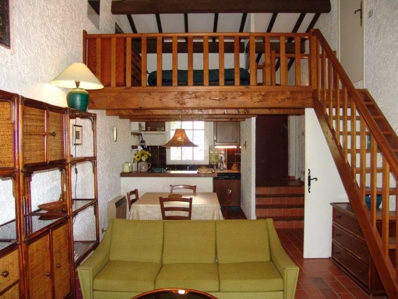 Location vacances maison / villa La croix valmer 1600€ - Photo 2