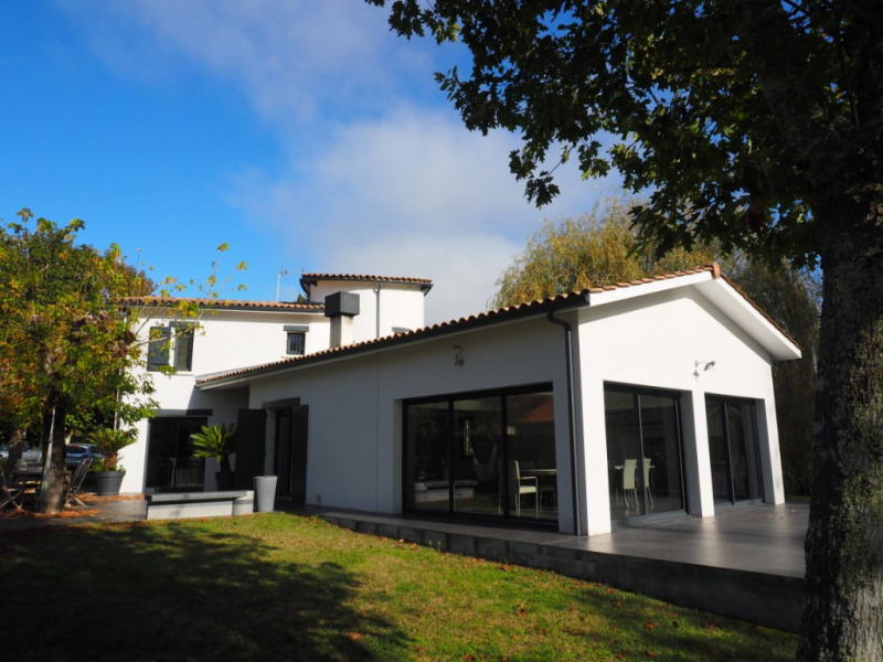 Vente de prestige maison / villa Le pian medoc 798000€ - Photo 1
