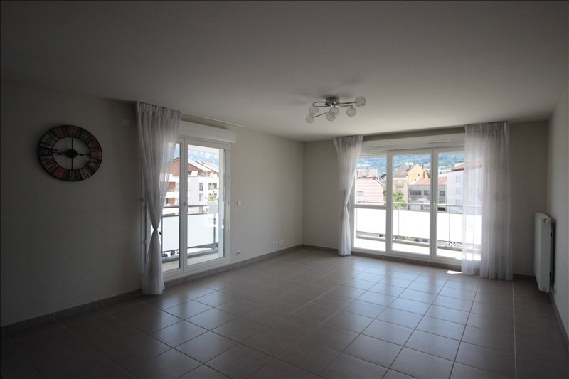 Location appartement La roche sur foron 1 050€ CC - Photo 1