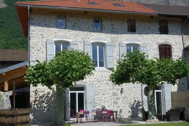 Sale house / villa Lumbin 428000€ - Picture 5